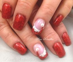 Gel Overly with Santa hat.  #Christmas #Santahat #rednails  #gelnails #nailart #handpaintednails #naildesign #nails #lisakorallus #liquidglamour #nailpictures