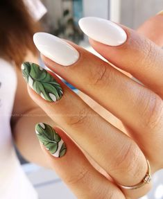 Manicure Simple, Short Nail Manicure, Short Nails, Stylist Tattoos, Paws And Claws, Some Ideas, Hair And Nails, Nail Designs, Hair Beauty