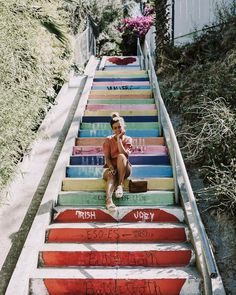 SUNSET JUNCTION, SILVER LAKE, LOS ANGELES Silver Lake most photogenic stairs ❤️ #collagevintage