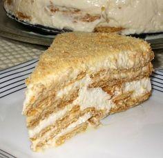 Andava para experimentar esta versão de bolo de bolacha com natas e leite condensado já há muito tempo. Mas adia-se, adia-se e chega-se ...