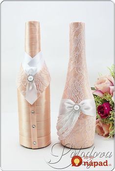 "Wedding Champagne ""Peach Comme il faut"" r .- Свадебное шампанское ""Персиковое комильфо""r… Wedding Champagne ""Peach Comme il faut"" rnWedding champagne, champagne for a wedding, champagne for a wedding, wedding bottles, Wedding champagne decoration. Wine Bottle Art, Diy Bottle, Wine Bottle Crafts, Wedding Wine Glasses, Wedding Bottles, Wedding Champagne, Bottles And Jars, Glass Bottles, Diy And Crafts"