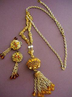 Vintage Necklace & Earrings Sautoir Tassel by LakeBreezes on Etsy, $43.00