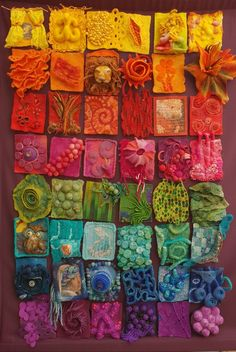 Colorful art made of felt - colorful and beautiful to look at! - Camping Colorful art made of felt colorful and beautiful to look at! Art Fibres Textiles, Textile Fiber Art, Fiber Art Quilts, Fabric Art, Fabric Crafts, Wet Felting, Felt Art, Art Plastique, Art Sketchbook