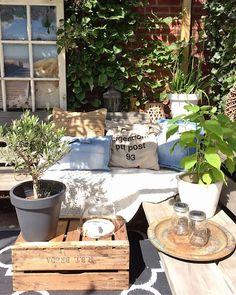 Outdoor Spaces, Outdoor Living, Outdoor Decor, Small Gardens, Outdoor Gardens, Garden Inspiration, Interior Inspiration, Home Interior Design, Interior And Exterior