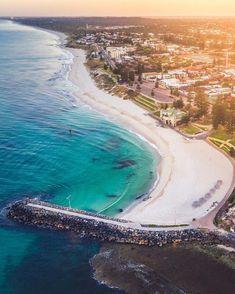 Cottesloe Beach, Perth, Western Australia Australia Paisajes Accéder au site pour information Australia Beach, Perth Western Australia, Coast Australia, Visit Australia, Australia Travel, Brisbane, Melbourne, Sydney, Cairns