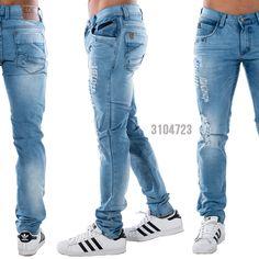 ¡Las prendas esenciales nunca están de más! Los jeans son una de ellas. Ponéle actitud a la semana👍 Encuentra muchos estilos en www.edenjeans.com.co🚩🚩 Denim Art, Powerful Women, Jeans Pants, Mens Suits, Sneakers Fashion, Womens Fashion, Style, Moda Masculina, Blue Jean Purses