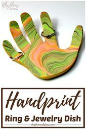 Handprint Ring Dish Jewelry Bowl - A handprint art craft and a homemade gift idea that kids can make for Mother's Day or Father's Day. Make a DIY marbled clay jewelry and ring holder dish with children for mom, dad, or a grandparent! Hand Jewelry, Jewelry Dish, Clay Jewelry, Jewelry Crafts, Jewelry Tree, Easy Homemade Gifts, Homemade Crafts, Homemade Jewelry, Keepsake Crafts