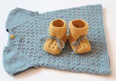 Tante er fortsatt GAL!!: Baby/BarneKjoler -StrikkeOppskrifter