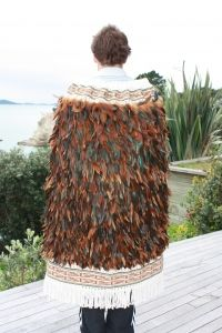 Full Feather Korowai    To view full detail see www.annemcleoddesign.com