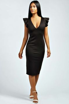 boohoo Tanya Plunge Bodycon Midi Dress - black Polished partywear starts here with this figure-skimming bodycon dress . Style it with pin-perfecting pointed court heels , an easy-to-wear envelope clutch and slick of red lippy . http://www.comparestoreprices.co.uk/dresses/boohoo-tanya-plunge-bodycon-midi-dress--black.asp