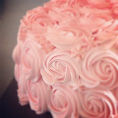 Rose Cake Decorating