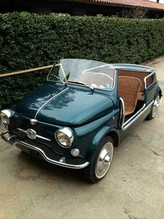 1958 Fiat 500 Jolly - this car is too cute - it may not be as fast as the rest of the car pins on the board, but you've gotta love it! Old Vintage Cars, Old Cars, Antique Cars, Pretty Cars, Cute Cars, Fancy Cars, Carros Retro, Jeep, Automobile
