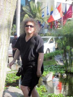 Robert Smith in Mexico, 2013(?).