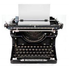 BLOGGER SELFIE:  Why I Write, What I Write, When I Write.  #mywritingprocess