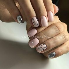 Nail art Christmas - the festive spirit on the nails. Over 70 creative ideas and tutorials - My Nails Glitter Manicure, Nude Nails, Pink Nails, Glam Nails, Acrylic Nail Shapes, Acrylic Nail Designs, Nail Art Designs, Neutral Nail Designs, Acrylic Nails