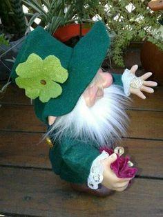 Leprechaun, Christmas Ornaments, Holiday Decor, Elves, Christmas Jewelry, Christmas Decorations, Christmas Decor