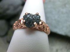Catawiki Online-Auktionshaus: Silberring mit großem, blauem, rohem Naturdiamanten