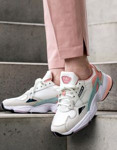 adidas Falcon W (White Tint / Raw White / Trace Pink) - Adidas White Sneakers - Latest and fashionable shoes - Sneakers Mode, White Sneakers, Shoes Sneakers, Sneakers Adidas, Women's Shoes, Adidas Shoes Women, Chunky Sneakers, Gucci Shoes, Shoes Style