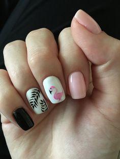 #flamingo #nails #pink #nailsart #summer