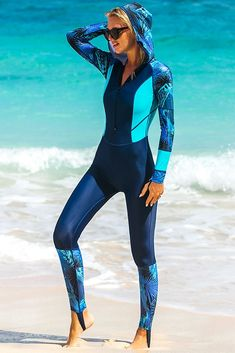 Rash Guard für Frauen Surf Suit_Anti-UV Wetsuit Badeanzug mit Kapuze – wetsuitsbuy – Join in the world of pin Women's Diving, Diving Suit, Tori Kelly Bikini, National Geographic, Hobbies For Women, Womens Wetsuit, Anti Uv, Bikini For Women, Modest Swimsuits