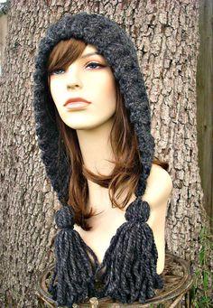 Crochet Pattern - Crochet Hat Pattern PDF for Tassel Hat - Fall Fashion Autumn… Crochet Hood, Crochet Beanie, Crocheted Hats, Crochet Motifs, Easy Crochet Patterns, Fast Crochet, Lion Brand Wool Ease, Crochet Hat For Women, Super Bulky Yarn