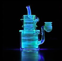 Sand Smith Glass uranium glow in the dark