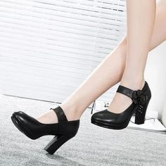 Buy 'Hannah – Genuine Leather Flower accent Block Heel Pumps' with Free International Shipping at YesStyle.com. Browse and shop for thousands of Asian fashion items from China and more!