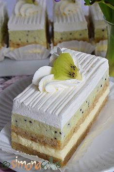 Cake Recipes, Dessert Recipes, Holiday Cakes, Food Cakes, Sweet Cakes, Fun Cooking, Homemade Cakes, Confectionery, Vegan Desserts