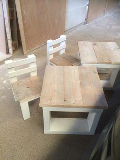 Tafel met stoeltje