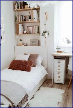 affordable college dorm room design ideas house bed affordable c Room Ideas Bedroom, Teen Room Decor, Small Room Bedroom, Home Bedroom, Bedroom Decor, Bedroom Ideas For Small Rooms, Small Bedroom Inspiration, Bedroom Inspo, Dream Bedroom