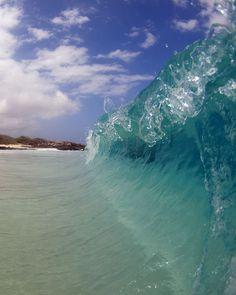 Kua bay, Bigislaned / One of my fave beach. Fun spot for boogie board in the winter time.
