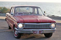 Ford Falcon XP Deluxe (1965) 4D Sedan 3 SP Manual (2.4L - Carb)