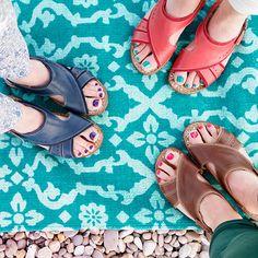 Souk, lightweight leather sandals   Moshulu
