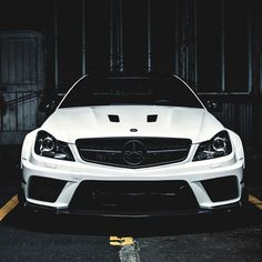 Mean Mercedes-Benz AMG C63
