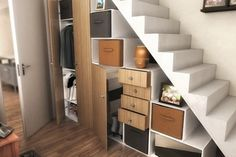 1000 images about meuble sous escalier on pinterest for Laquer un meuble