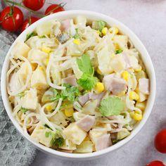 Bardzo soczysta sałatka z selera konserwowego, to sałatka którą lubię szykować jesienią. Mój przepis jest prosty i sprawdzony. Taka sałatka z selera konserwowego i szynki jest świetna na śniadanie i do obiadu. Pasta Salad, Cobb Salad, Mascarpone Dessert, Brunch, Coleslaw, Snacks, Cantaloupe, Potato Salad, Grilling