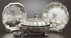 A GEORGE IV SILVER AND SILVER PLATE VEGETABLE SERVING DISH ON STAND . Paul Storr, London, England, 1826-1827.