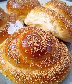 Greek Cake, Greek Pita, Bread Art, Greek Recipes, Bagel, Scones, Doughnut, Oreo, Food And Drink