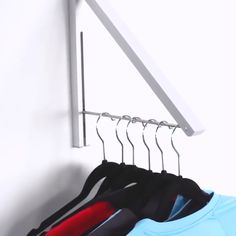 folding clothes Give Your Garments a Minimalist Spot With Our Small Yet Practical Retractable Folding Clothes Rack! Looking for a simple solution to hang your clothes without taking mu Hanger Rack, Coat Hanger, Clothes Hanger, Diy Clothes, Rack For Clothes, Folding Clothes Rack, No Closet Solutions, Hanging Closet, Clothing Hacks