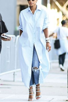 Oversized shirt, jeans and heels