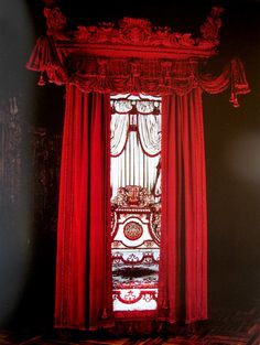 Pure Beauty State bed 1697 Victoria and Albert museum Red Velvet Curtains, Velvet Bed, Opium Den, Baroque Furniture, Made To Measure Curtains, Discount Furniture, Interior Design Inspiration, Decoration, Modern