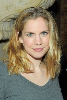Smart Anna Chlumsky... phenomenal... Chlumsky starred in the Off Broadway production of Unconditional by Brett C. Leonard at The Public Theater.