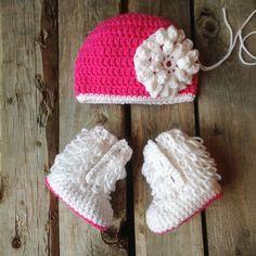Local custom order just needs a couple buttons and flower attached!  #rainbowdesigns #crochet #create #babybooties #babyfashion #fashionista #mompreneur #wfhm #pink #artisanshop #etsy #etsylove #shophandmade #localhandmade #madeincanada #handmade #shoplocal #etsyhunter #creatorslane #favehandmade #babygirlfashion #crochetersofinstagram #crochetbaby by rainbowdesigns