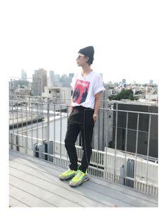 Capri Pants, Sporty, Singer, Rock, Style, Artist, Swag, Capri Trousers, Singers