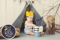 Cake Smash Session | King of All Wild Things theme | Moni & Adri Photography