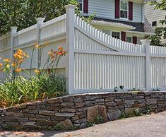 7 Peaceful Tips AND Tricks: Concrete Fence Posts chain link fence cross stitch.Dog Fence Funny easy fence how to build. Dog Fence, Front Yard Fence, Farm Fence, Cedar Fence, Fence Gates, Privacy Fences, Fencing, Rustic Fence, Rustic Backyard