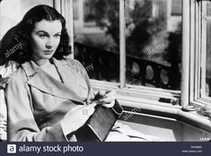 1940, Film Title: WATERLOO BRIDGE, Director: MERVYN LeROY, Studio: MGM, Pictured: VIVIEN LEIGH. (Credit Image: SNAP) Stock Photo Waterloo Bridge, Vivien Leigh, Stock Photos, Studio, Film, Pictures, Image, Movie, Photos