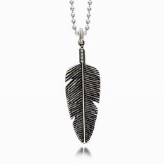 BIG FEATHER NECKLACE  _________________d__e__s__c__r__i__p__t__i__o__n_____________________  Silver 925  Made in Italy __________________s__h__o__p_________o__n__l__i__n__e________________ http://ift.tt/2u3athJ  _____________________________________________________________________ #silver #silver925 #seven50 #seven50jewels #sevenfifty #750 #jewelry #jewels #jewel #fashion #rings #rings #trendy #accessories #love #beautiful #ootd #fashion #style #madeinitaly #italy #accessory #stylish…