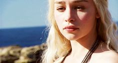 Are you searching for ideas for got memes?Check out the post right here for cool Game of Thrones images. These inspirational memes will brighten up your day. Game Of Thrones Images, Game Of Thrones Funny, Game Of Thrones Art, Emilia Clarke Daenerys Targaryen, Freaky Relationship Goals Videos, Got Memes, Tauriel, Caroline Forbes, Mother Of Dragons