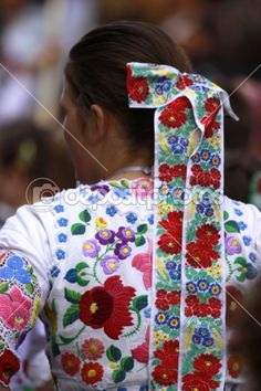 Traditional Hungarian folk dress, an ultimate use of flowers in design! Great examples of flowers